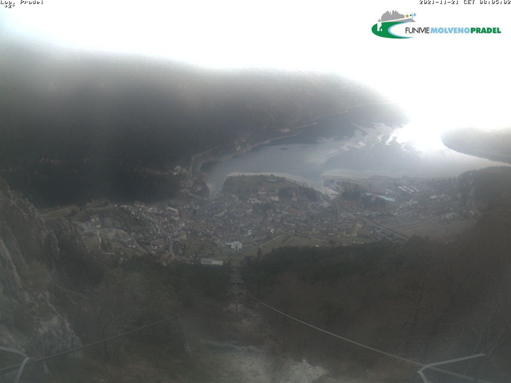 Immagine live webcam Molveno and its lake
